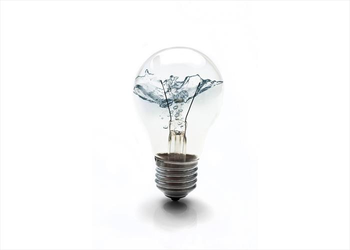 naem-2018-article-electric-bulb-filled-water-energy-concept-700x500