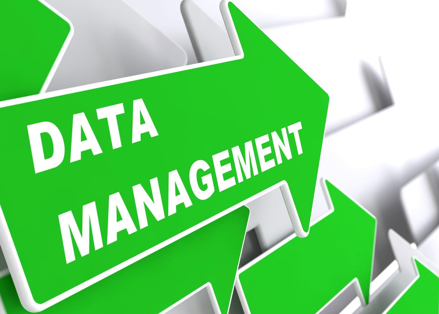 naem-2018-blog-data-management-internet-concept-green-arrow-700x500