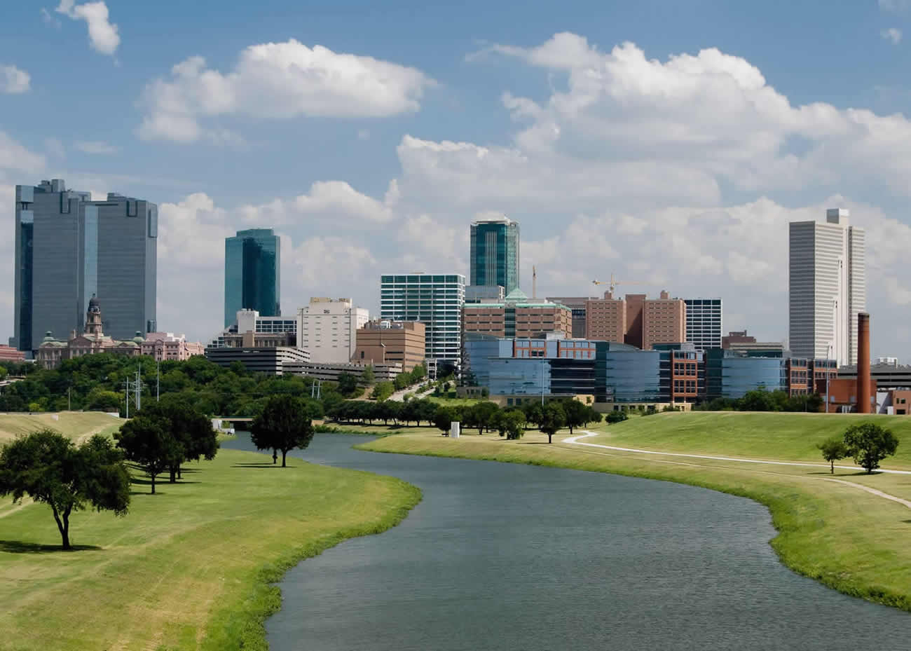 naem-conference-banner-2018-forth-worth-texas-skyline-700x500