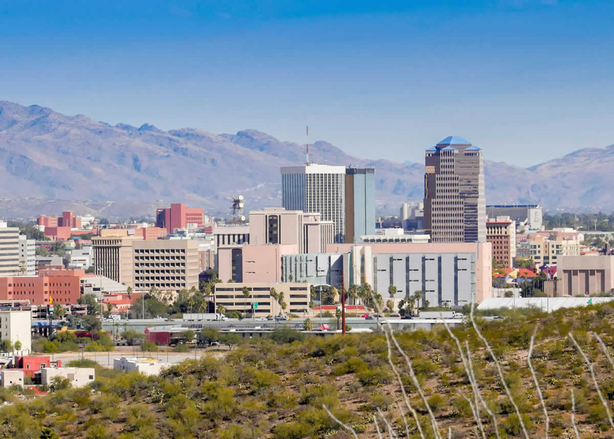naem-conference-banner-2018-tucson-arizona-skyline-700x500