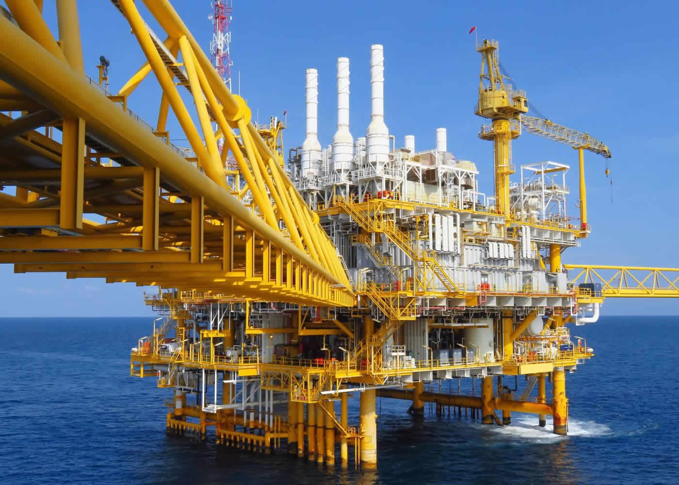 naem-2018-qanda-offshore-construction-platform-production-oil-gas-700x500