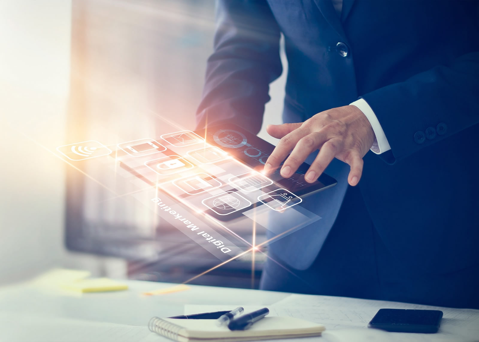 naem-2018-12-07-latest-news-digital-marketing-businessman-using-modern-interface-700x500